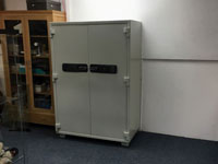 800kg Used Data Safe Delivered to Chilcott's Auctioneers, Honiton, Devon.